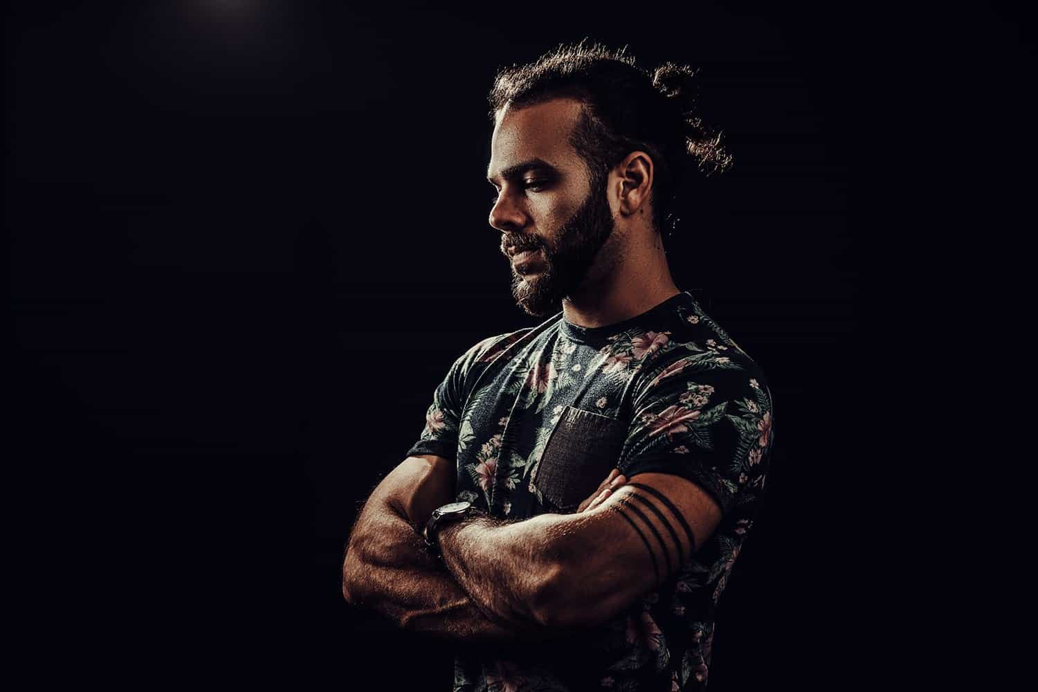 peter kolter manbun tattooed the electric mud musician fort myers