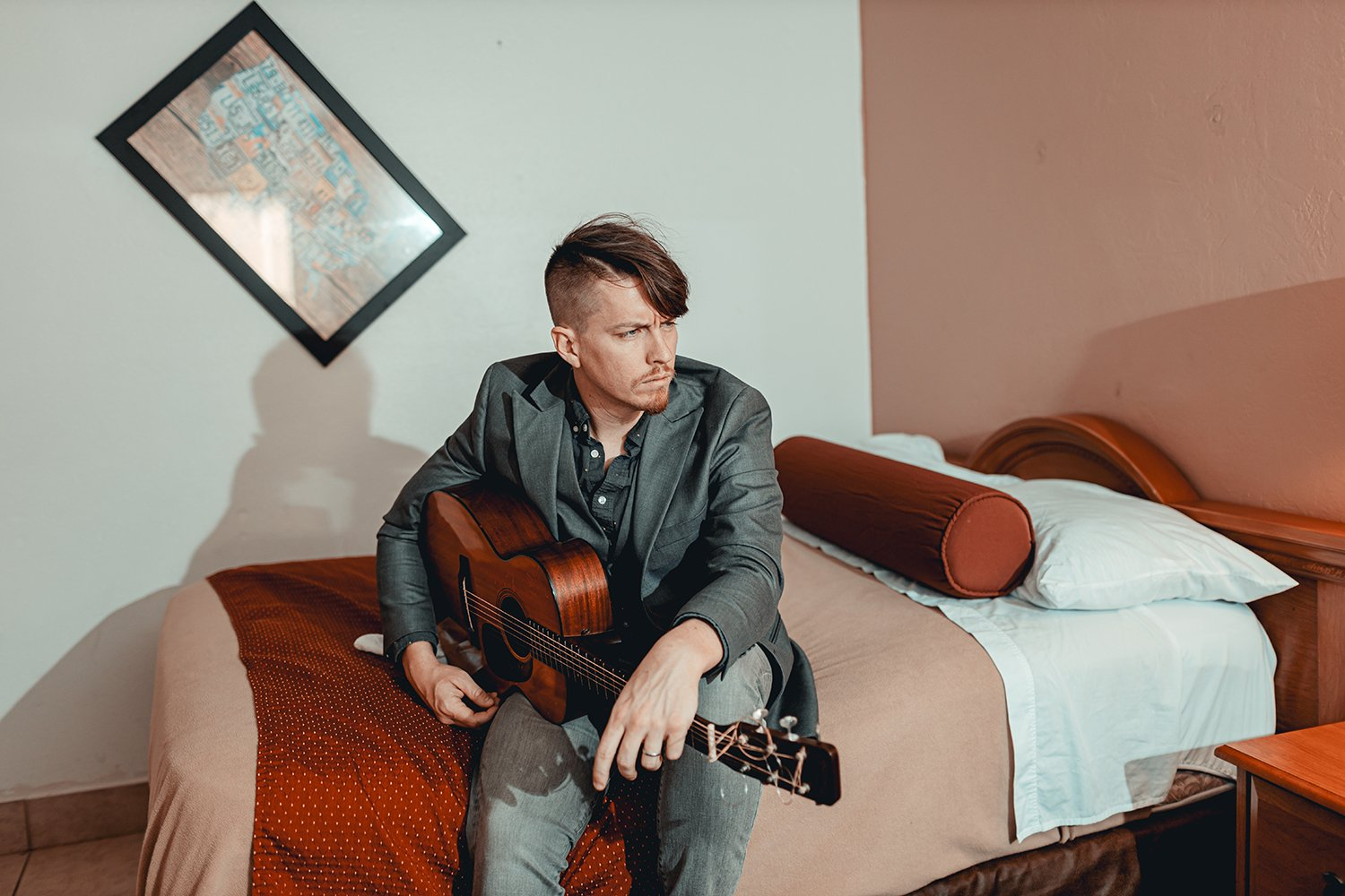 musician caleb neff in fort myers hotel room