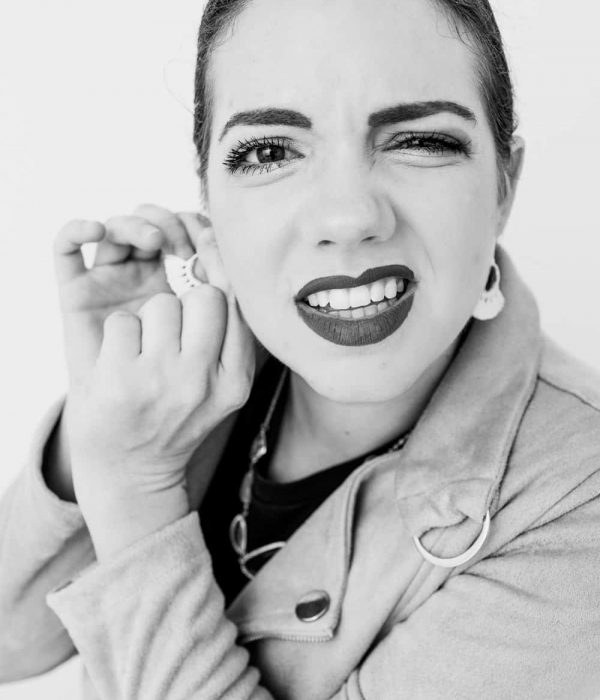 black-white-expression-portraits-jenny-3